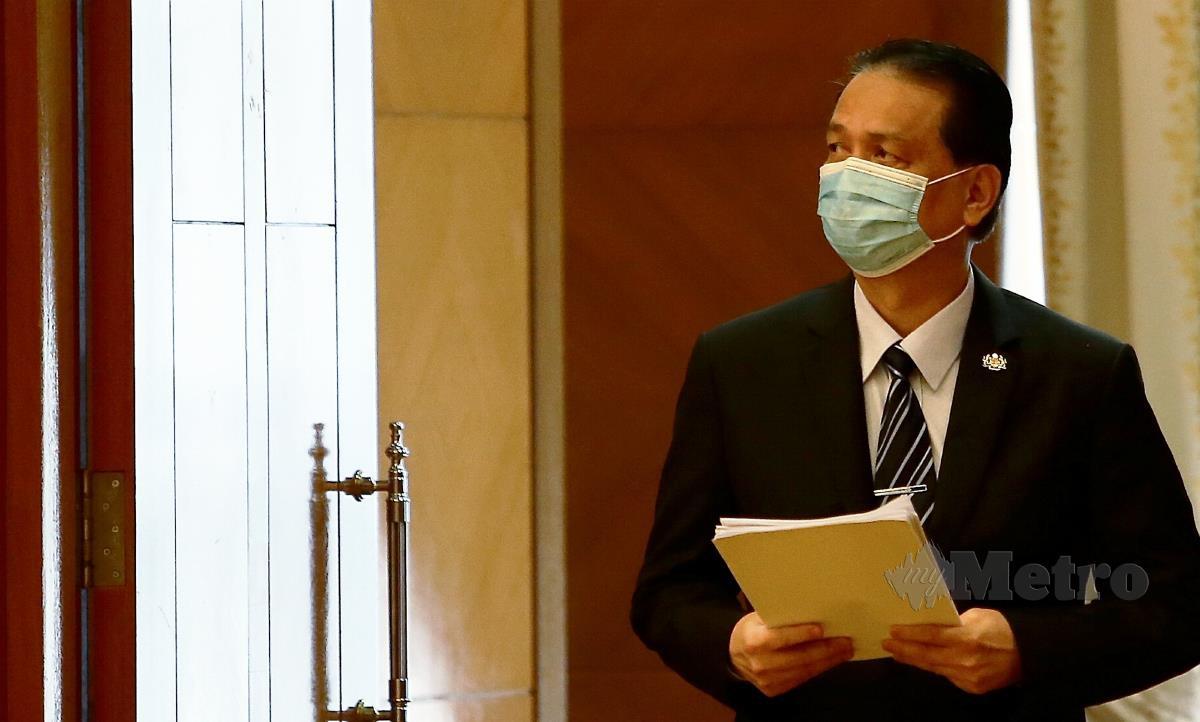 Ketua Pengarah Kesihatan, Tan Sri Dr Noor Hisham Abdullah ketika sidang media harian berkaitan jangkitan COVID-19 di Kementerian Kesihatan, Putrajaya. FOTO MOHD FADLI HAMZAH
