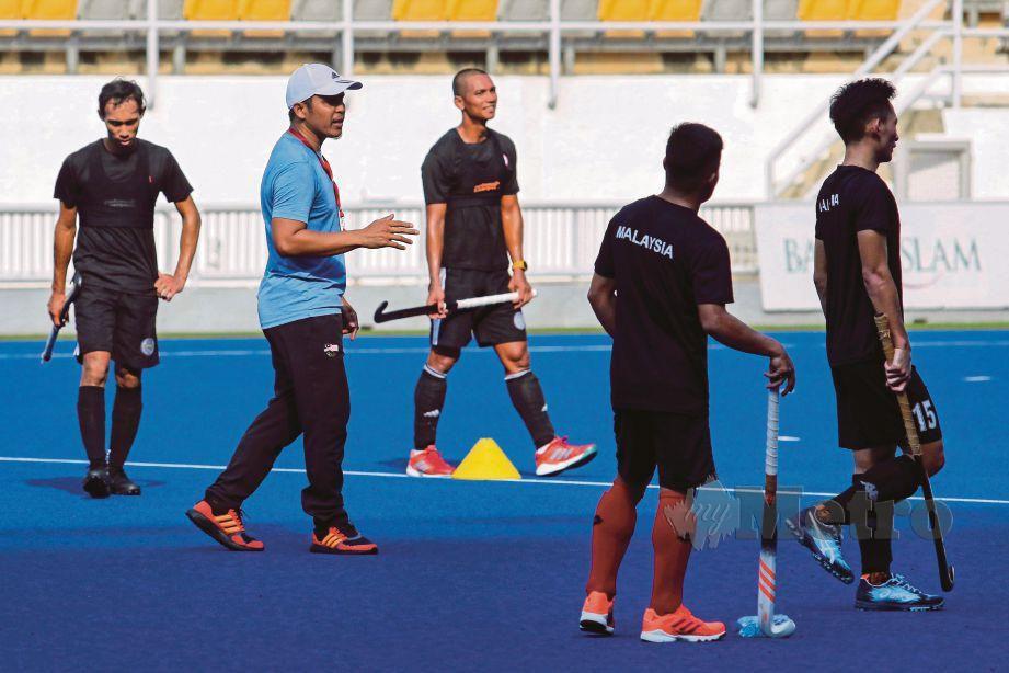 Pemain skuad Kebangsaan menjalani latihan di Stadium Hoki Bukit Jalil, Kuala Lumpur. FOTO File NSTP