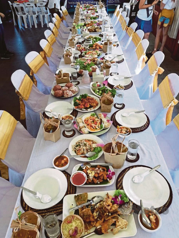 ANTARA hidangan yang disediakan di sebuah restoran di Phatthalung. FOTO Yazit Razali dan Faliq Lajim
