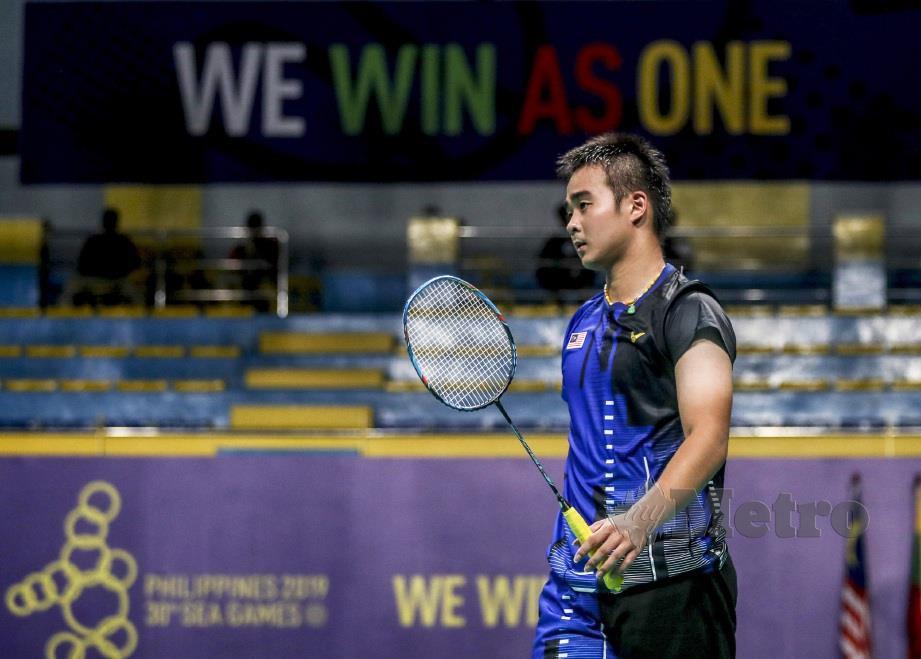 JOO Ven ketika beraksi menentang atlet Indonesia, Sinisuka Ginting di Komplek Sukan Muntinlupa. FOTO Osman Adnan