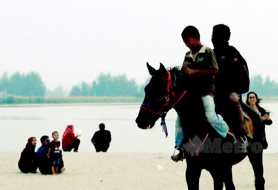 ISLAM mengajar umatnya melakukan cara hidup sempurna. FOTO Rasul Azli Samad