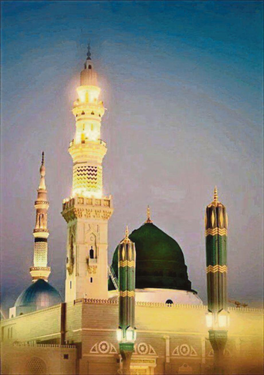 MAKAM Rasulullah di bawah kubah hijau di Masjid Nabawi, Madinah.