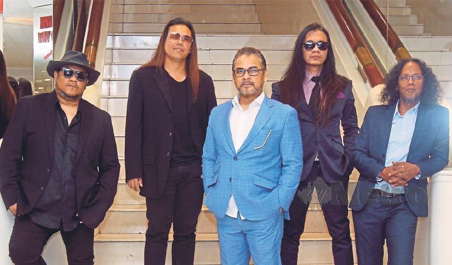AKSI di HRC Kuala Lumpur 6 Oktober ini permulaan untuk kumpulan rock lain kembali meriahkan industri.