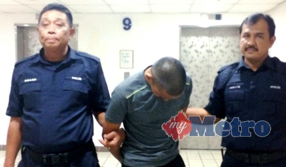 TERTUDUH, Muhammad Shah Rizman Jusoh,22, terlepas hukuman gantung selepas Mahkamah Tinggi meminda pertuduhan ke memiliki dadah jenis heroin seberat 29.86 gram. FOTO Zatul Iffah Zolkiply