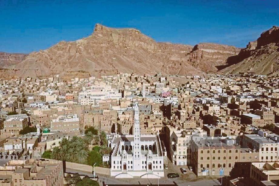 PEMANDANGAN Kota Tarim di Hadhramaut, Yaman yang menjadi lokasi tumpuan penuntut ilmu.