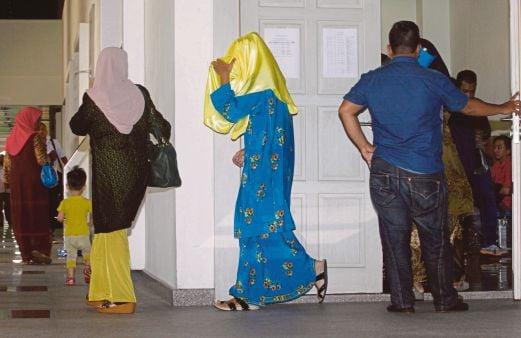 SEBAHAGIAN ahli ajaran Millah Abraham yang hadir di Mahkamah Syariah Kuala Lumpur tidak mengaku bersalah atas pelbagai dakwaan.