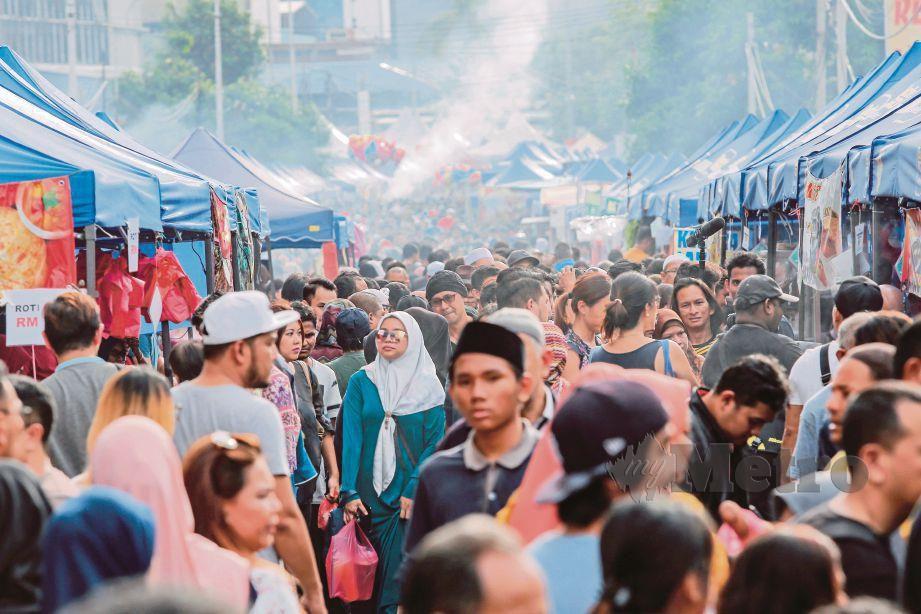 1,032 kes keracunan makanan berlaku Ramadan tahun lalu.