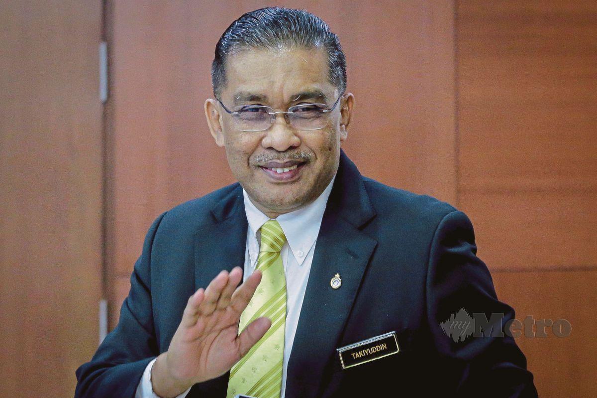 Setiausaha Agung PAS Datuk Takiyuddin Hassan.
