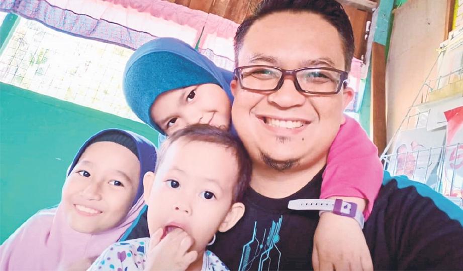 ZHAFRI galas tugas bapa dan ibu selepas pemergian isteri akibat kanser.