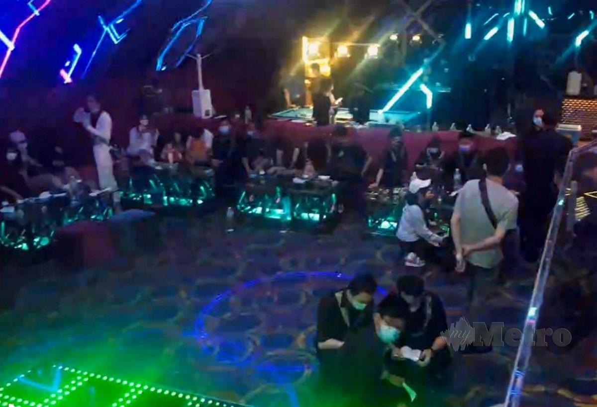 PUSAT hiburan yang diserbu dalam operasi di Jalan Ampang, kelmarin.