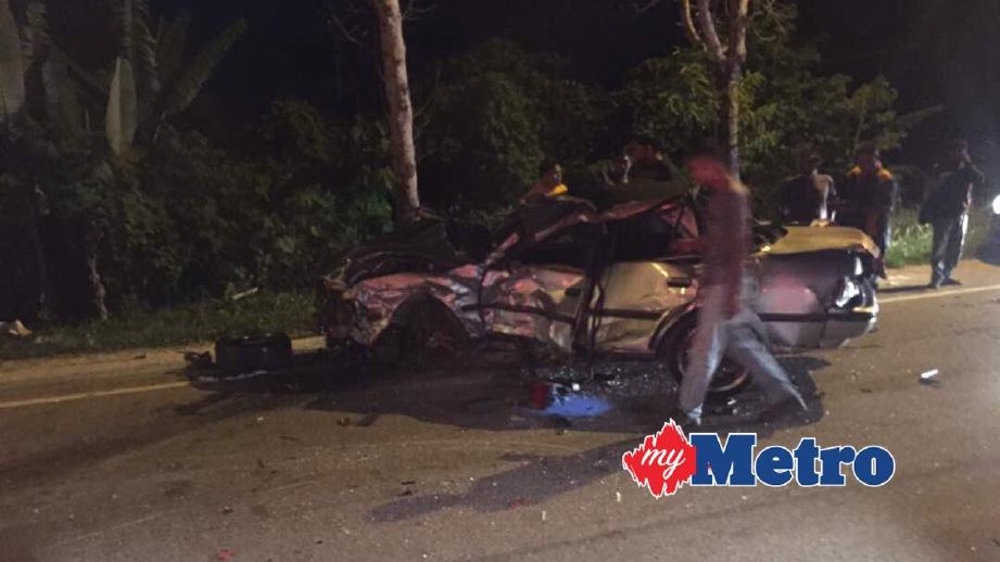 ANTARA kenderaan yang terbabit kemalangan. FOTO ihsan Polis