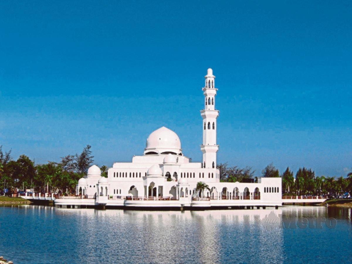BALASAN nikmat syurga menanti golongan yang beristiqamah di dalam melaksanakan dan mempertahankan syariat Islam.