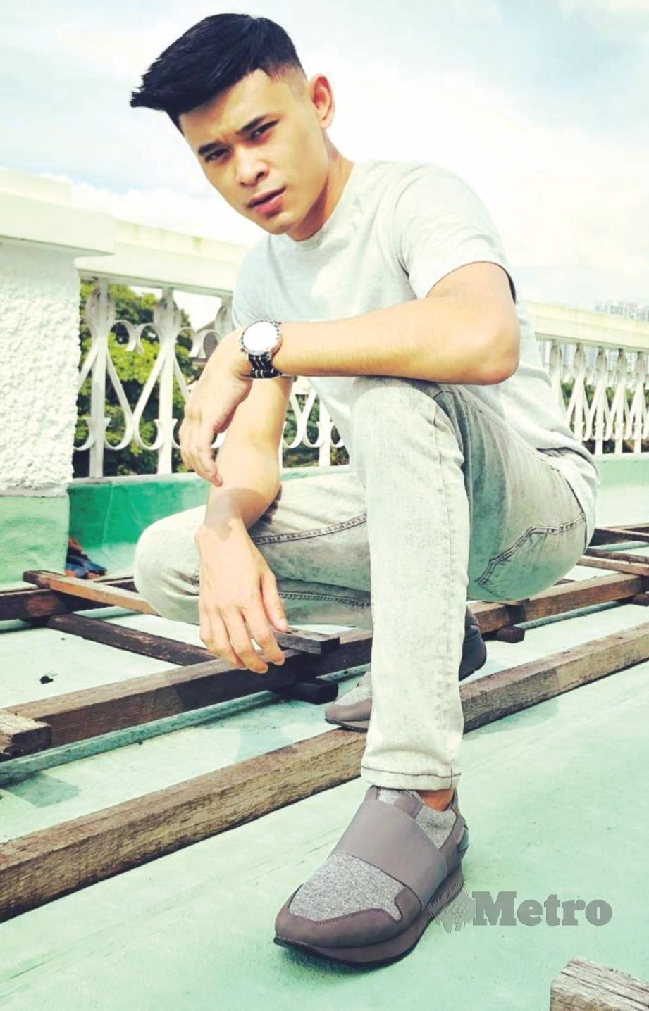 ANDI popular dengan lagu Satu Peluang dengan konsep reggaeton.