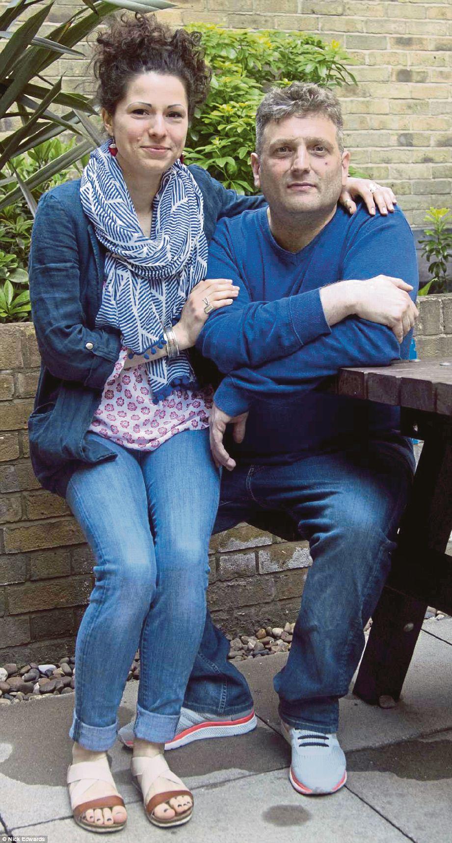 ANDREW Wardle kini boleh menjalani kehidupan seperti pasangan kekasih bersama teman wanitanya, Fedra Fabian. -  Nick Edwards