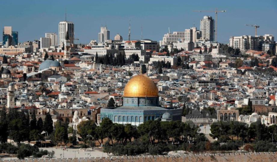 PEMANDANGAN Masjidil Al-Aqsa di Baitulmaqdis Timur. - Agensi