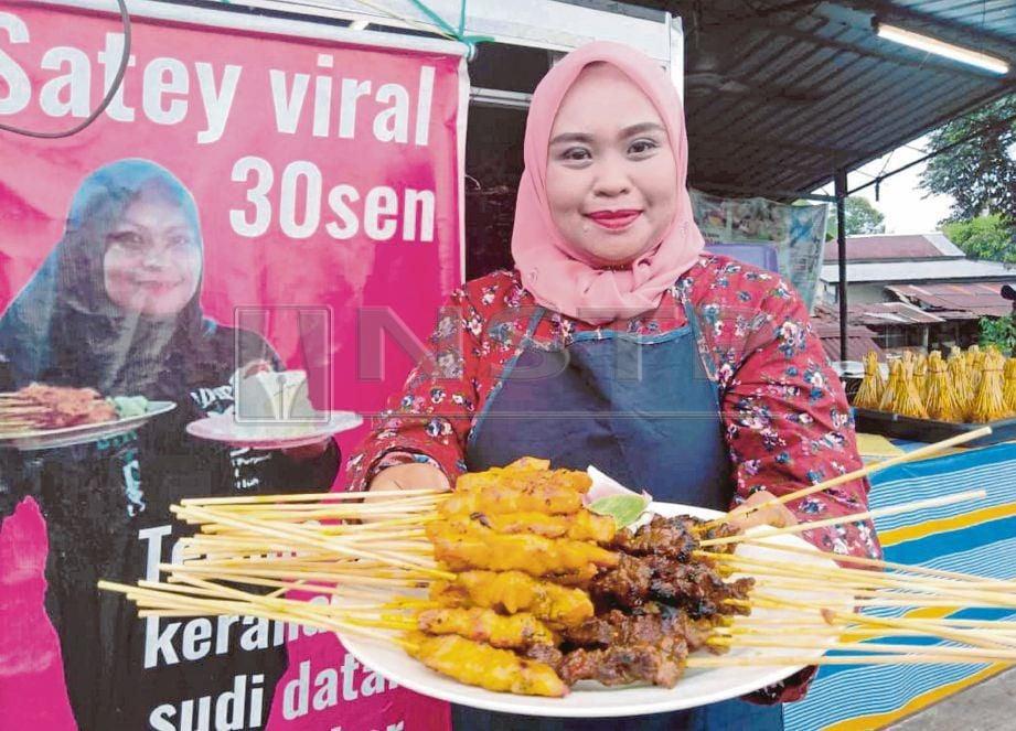 SATE Viral yang dijual Norliza pada harga 30 sen dan 50 sen di Kampung Seberang, Jitra.