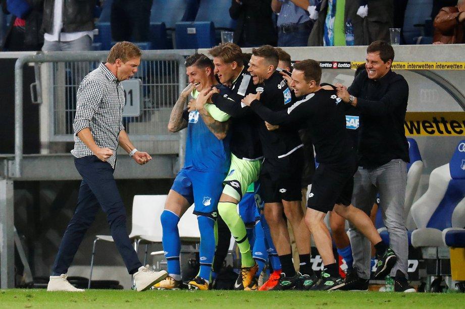 NAGELSMANN (kiri) jurulatih terbaik Jerman 2016. -FOTO/REUTERS