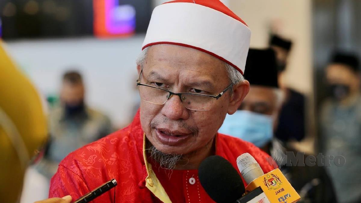 ZULKIFLI ketika sidang media majlis sumbangan. FOTO Mohd Fadli Hamzah