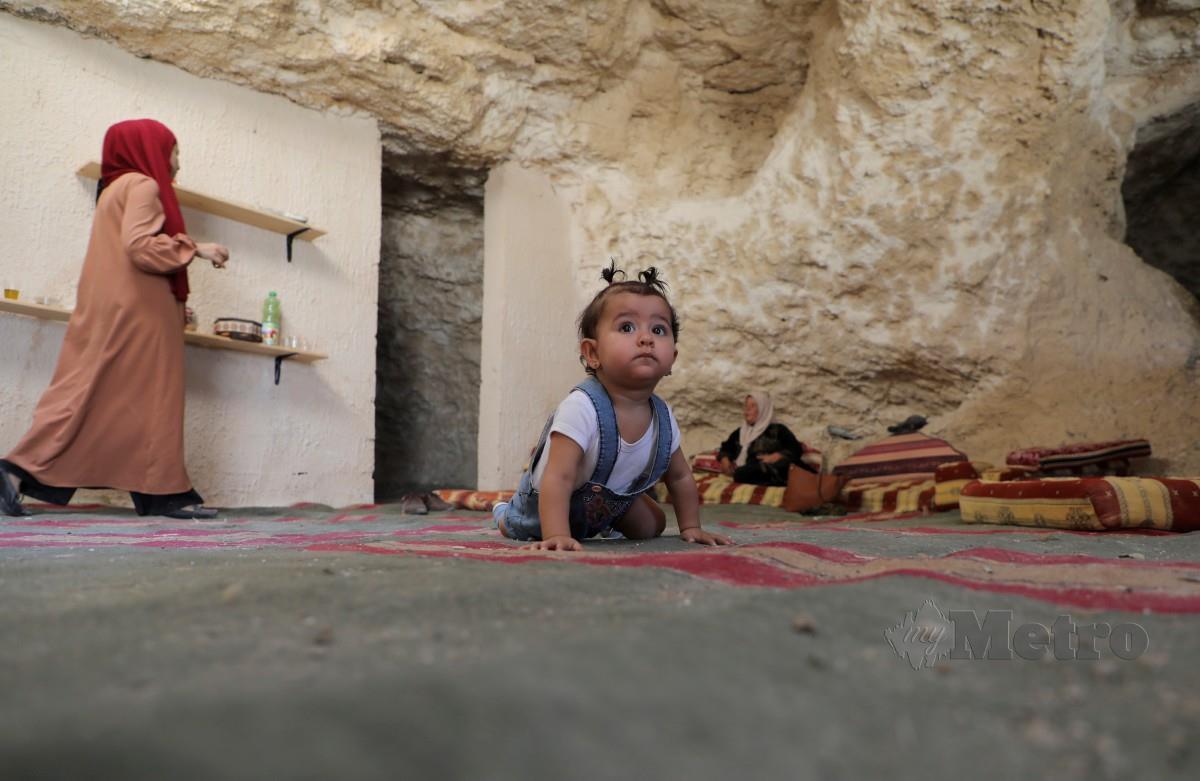 RUMAH gua Amarneh. FOTO AFP