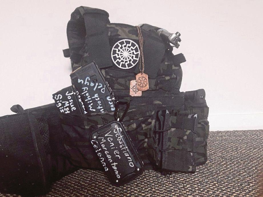 KELENGKAPAN yang digunakan Tarrant dalam serangan tembakan rambang di masjid.