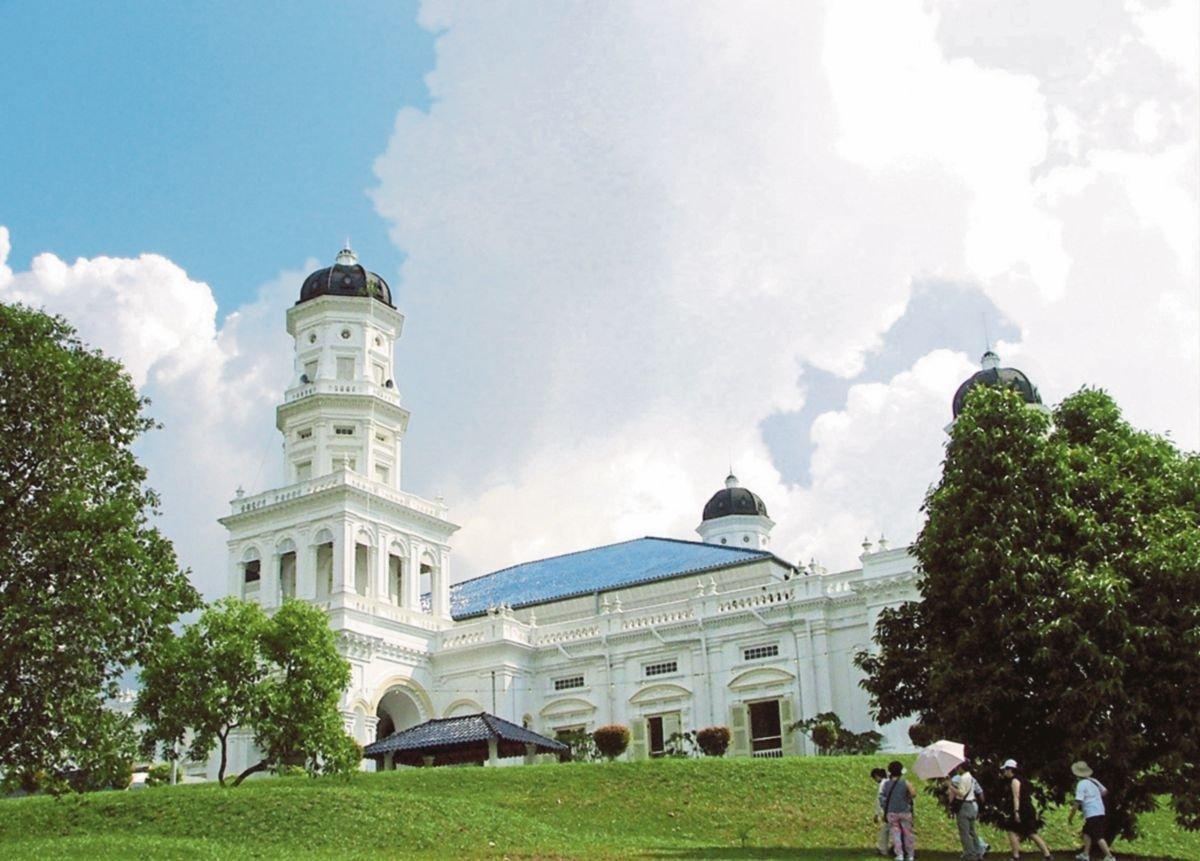 UMAT Islam di Malaysia memegang kukuh manhaj ASWJ Asyairah Maturidiyah.