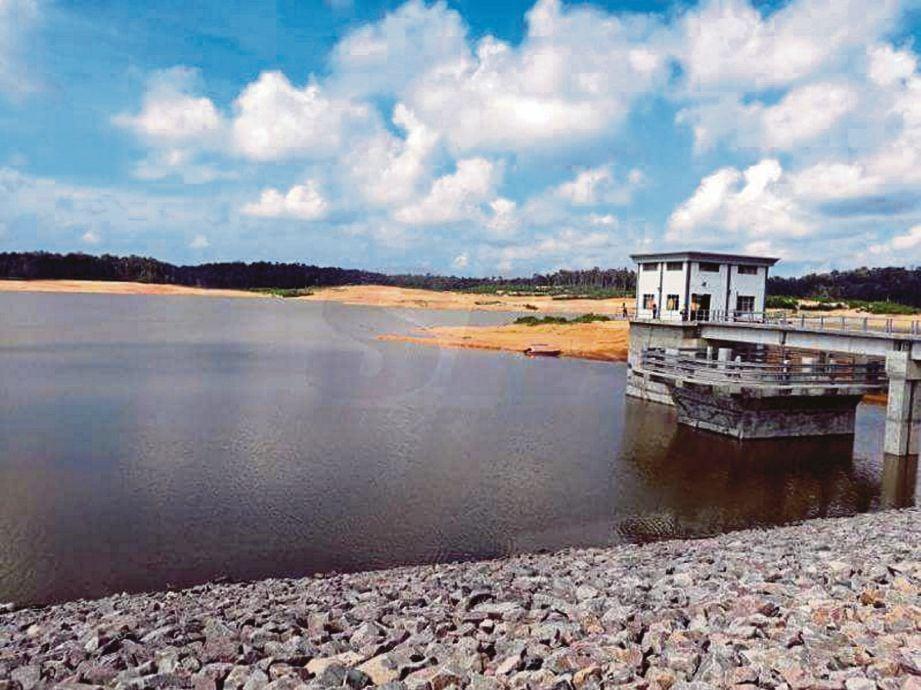 LRA Simpang Renggam ditutup Jun dan Ogos lalu kerana pencemaran ammonia pada sumber air mentah di Sungai Benut, Sungai Sembrong Kiri dan Sungai Johor.
