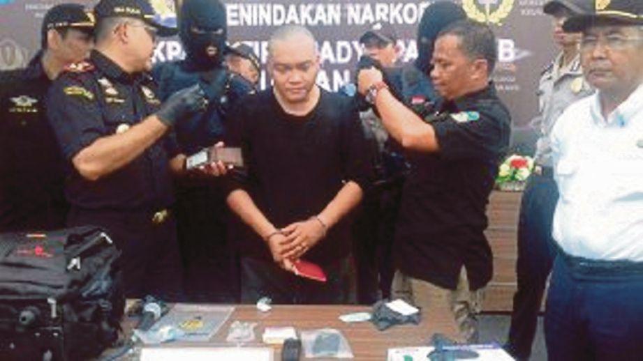 BENJY ditangkap pihak berkuasa Indonesia selepas dikesan menyeludup syabu.