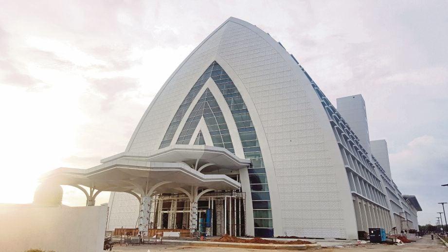 MHCC KLIA dibina dengan kos RM463.9 juta mula dibina pada Januari 2013.