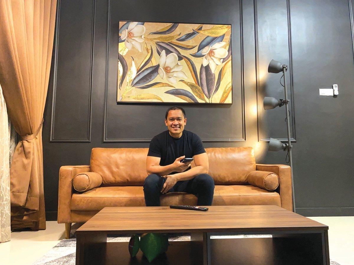 IMPIKAN rumah umpama hotel, Dhia Uddin peruntukkan RM30,000 menghias kondominiumnya yang berkonsep industri.