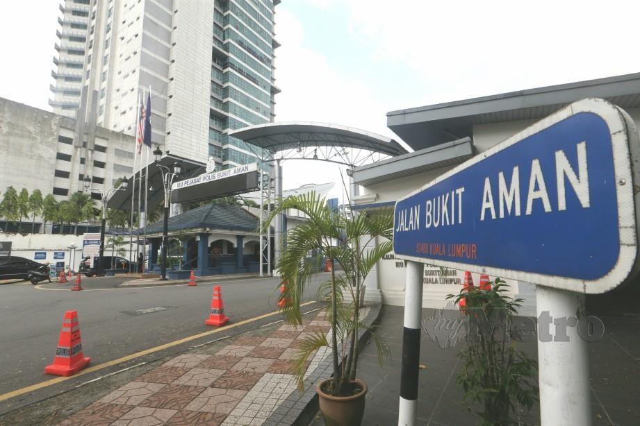 BUKIT Aman akan mengendalikan kes pegawai, anggota rasuah RM3 juta. FOTO NSTP