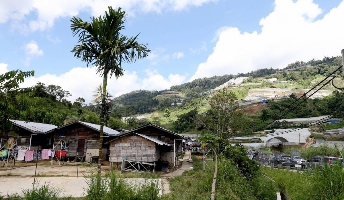 Hampir 20 program berkaitan pembasmian kemiskinan yang dilaksanakan oleh kementeriannya sebelum ini. FOTO NSTP