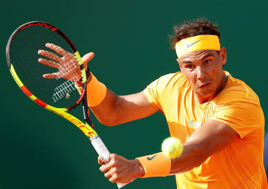 PEMAIN tenis Sepanyol, Rafael Nadal mudah menumpaskan Aljaz Bedene 6-1, 6-3. - Foto EPA-EFE