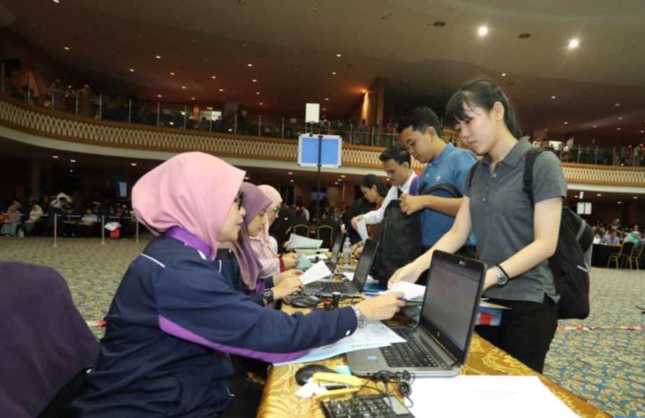 GAMBAR fail menunjukkan pendaftaran pelajar UTHM. FOTO Ihsan UTHM