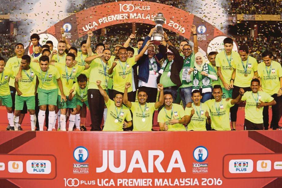 PASUKAN Melaka United meraikan kejayaan muncul juara Liga Perdana di Stadium Hang Jebat.