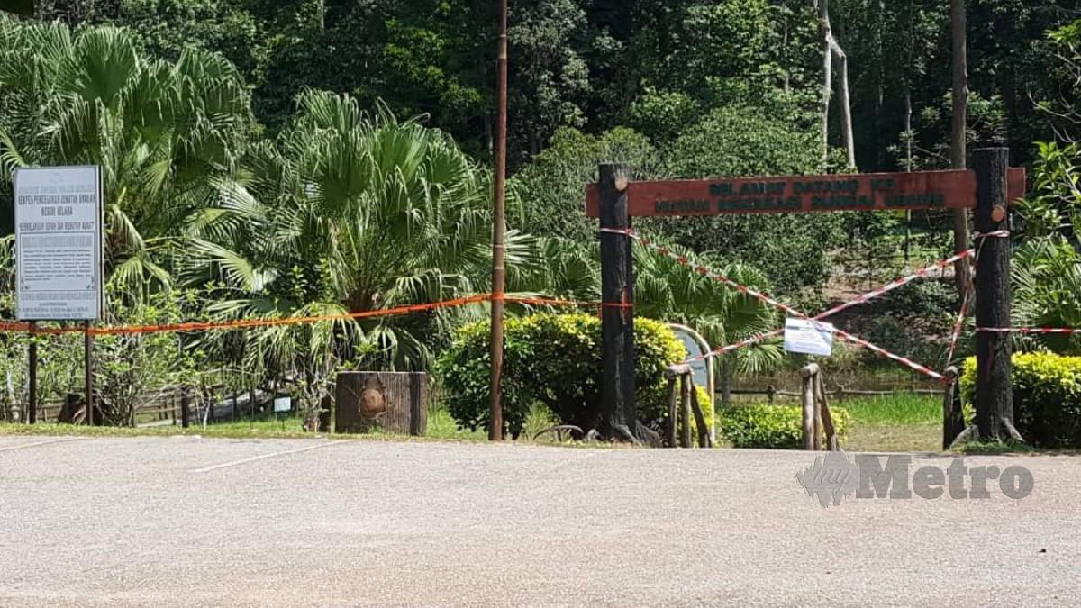 Hutan Rekreasi Sungai Udang, Melaka ditutup susulan seramai 17 individu termasuk sekumpulan penjawat awam di kompaun RM1,000 kelmarin. Foto Nazri Abu Bakar