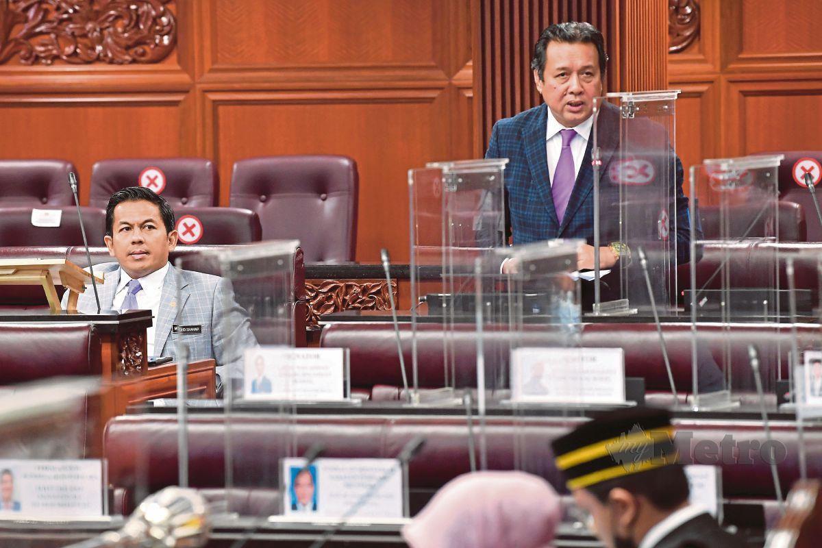 Abd Rahim di Dewan Negara. FOTO Bernama