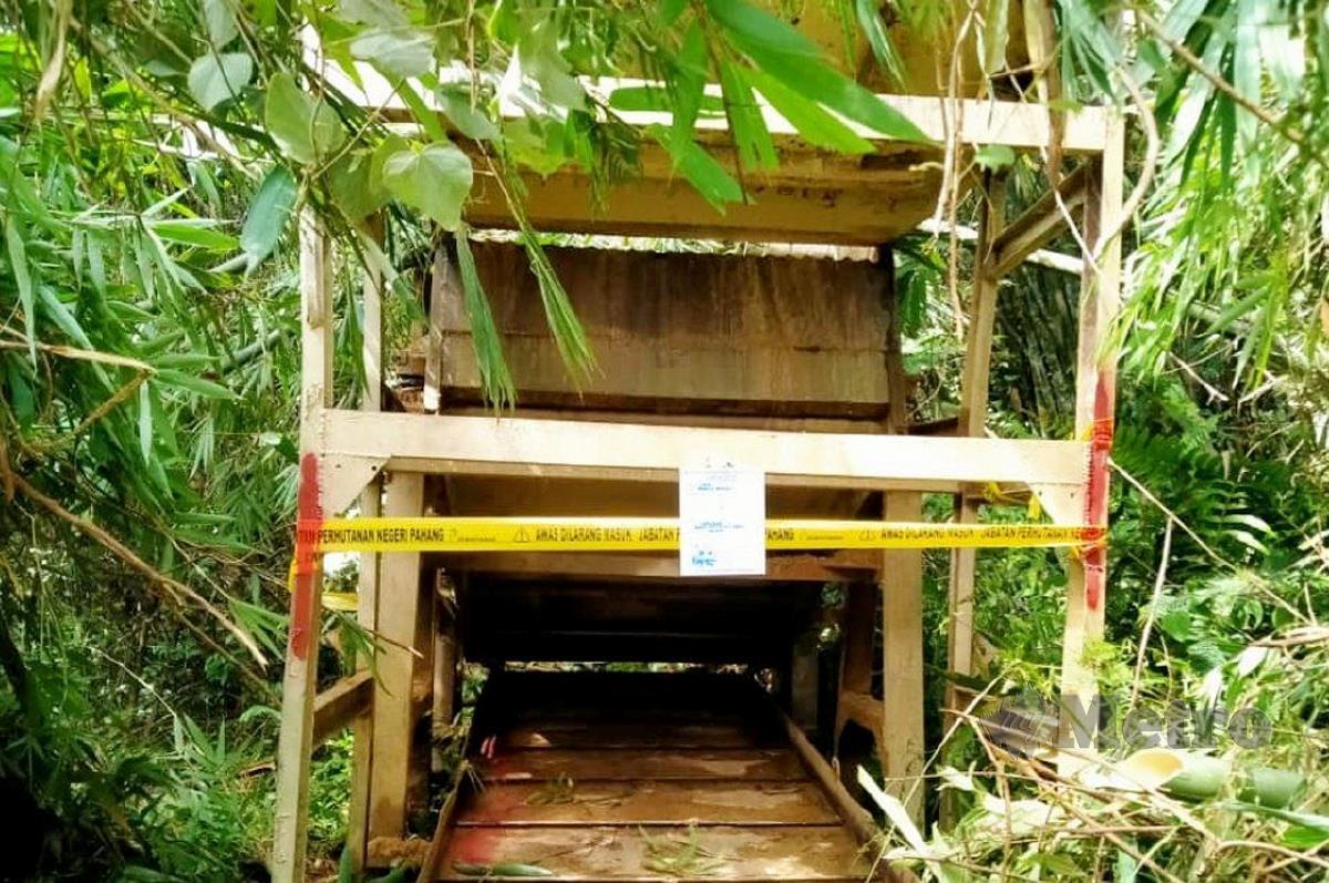 PALONG besi yang digunakan dalam kegiatan melombong emas. FOTO Mohd Rafi Mamat
