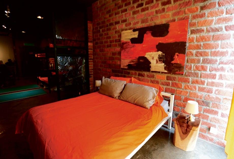 LUKISAN palet minyak hiasan utama kamar tidur.