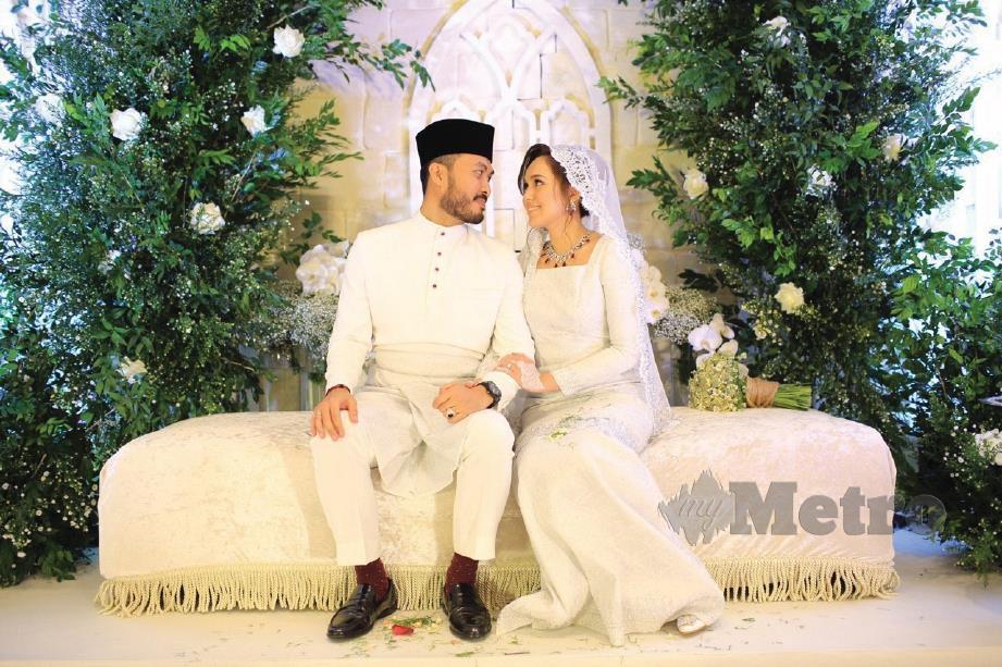 NELYDIA bersama jejaka pilihan hatinya, Mohd Hafez.