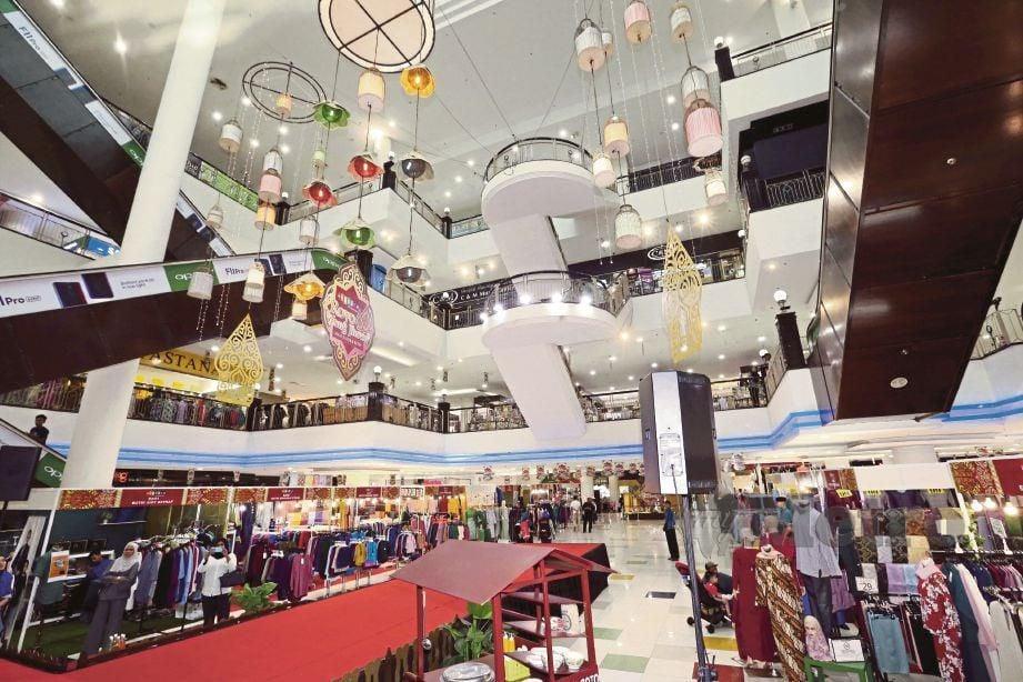 KARNIVAL Aidilfitri 2019 di Plaza Angsana Johor Bahru Mall yang diberi tema Royo Wong Jhowo atau bermaksud Raya Orang Jawa.