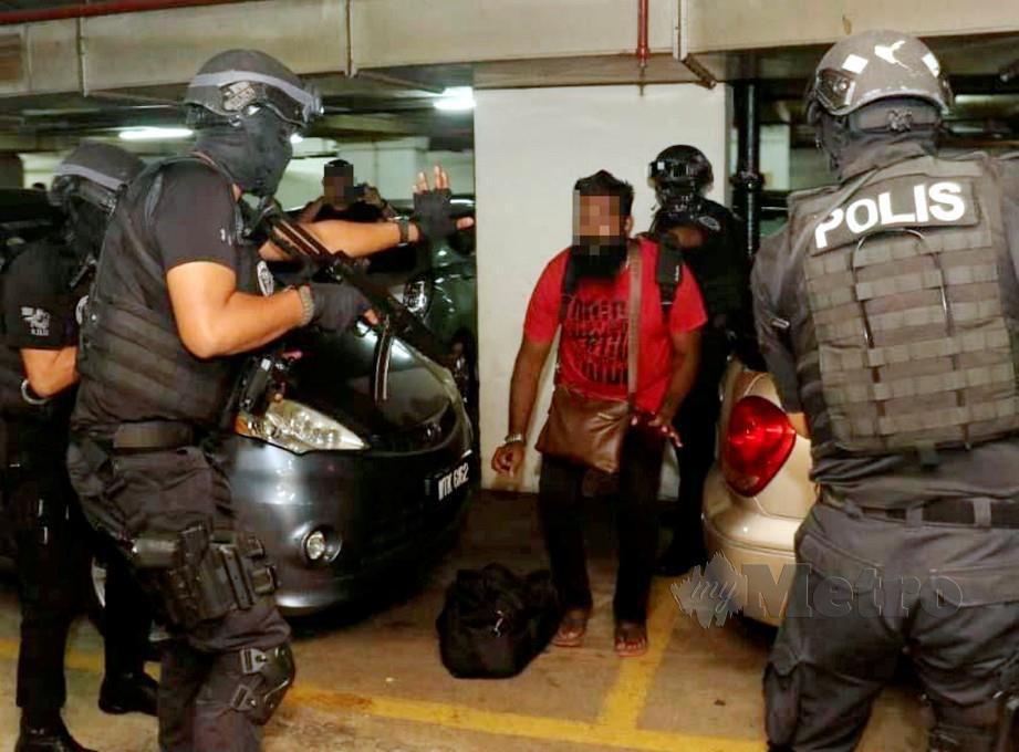 ANTARA individu yang ditahan selepas dipercayai terbabit dengan pengganas LTTE. FOTO NSTP