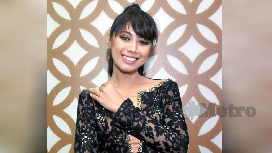 AZAR sanggup melakonkan watak Juita bukan untuk mengejar popular dan lebih dikenali. Foto Khairul Azhar Ahmad