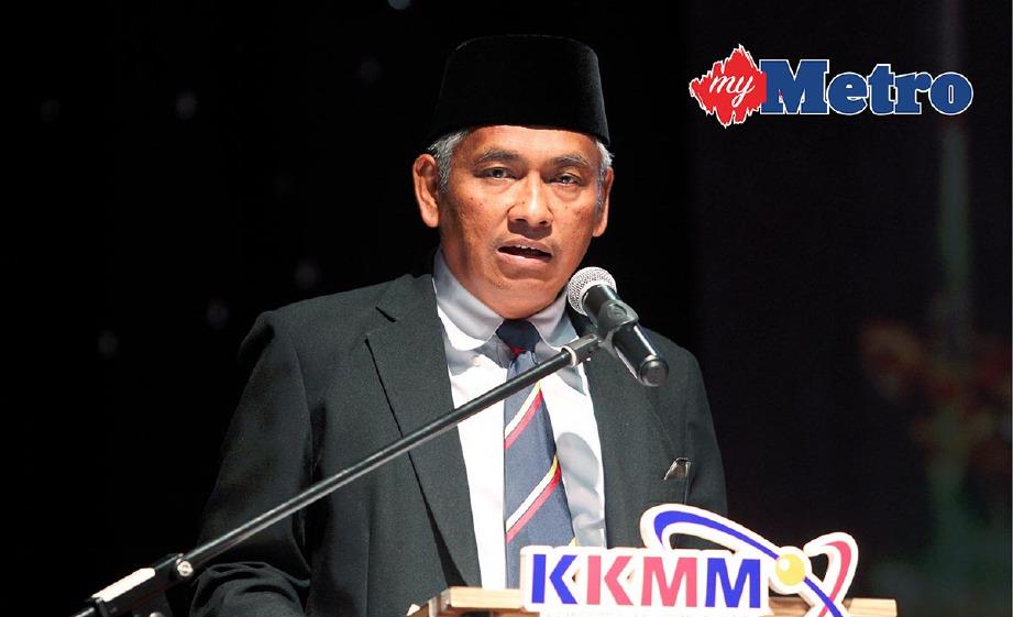 ABDUL Aziz berpuas hati dengan penjelasan MRSM Taiping. -Foto L MANIMARAN
