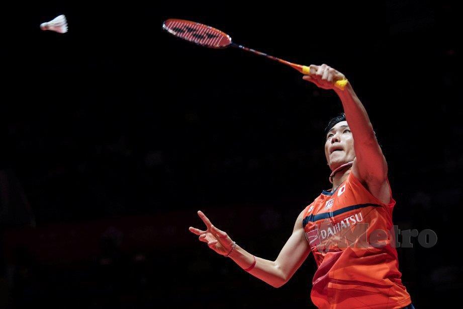 SENSASI Jepun, Kento Momota ketika ini menduduki ranking pertama dunia acara perseorangan lelaki. FOTO AFP
