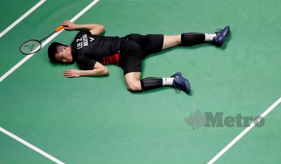 ZII Jia terpaksa akur dengan kehebatan Axelsen dalam perlawanan separuh akhir Seluruh England di Arena Birmingham semalam. FOTO REUTERS