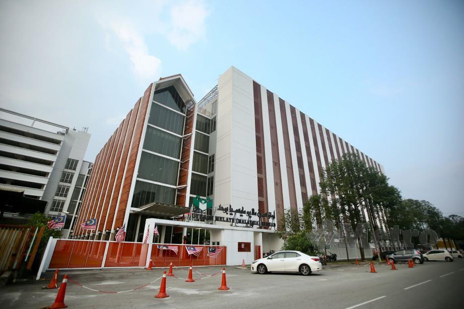 KUALA LUMPUR 19 OGOS 2019. Bangunan Utusan Melayu Berhad di Jalan Chan Sow Lin. NSTP/MOHD KHAIRUL HELMY MOHD DIN,