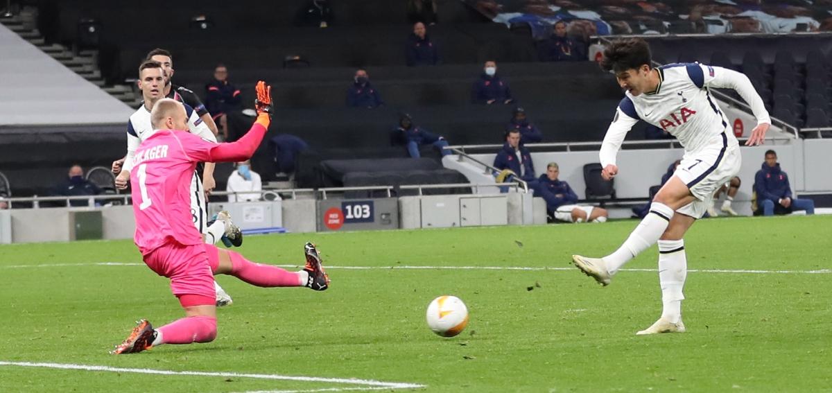 AKSI Heung-min meledak gol ketiga Spurs. FOTO Agensi