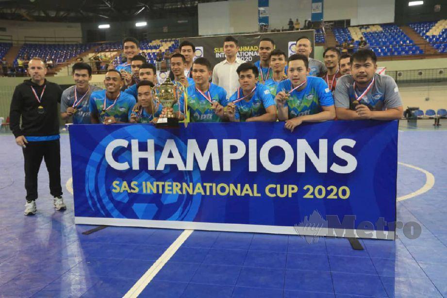 PASUKAN PTT Chonburi Bluewave muncul juara Piala Futsal Antrabangsa Sultan Ahmad Shah 2020 di Stadium SUKPA. FOTO MOHD RAFI MAMAT