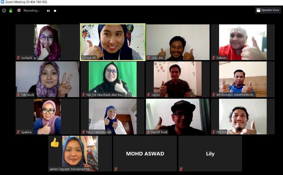 KENDALIKAN kelas eUsahawan pada setiap hari sepanjang PKP dengan aplikasi Zoom. FOTO Suraya Ali
