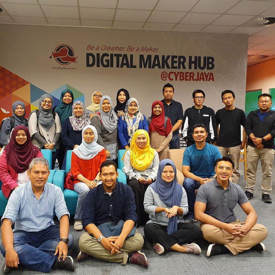 LATIHAN keusahawanan digital di Cyberjaya. FOTO Suraya Ali